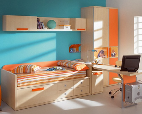 Kombinasi warna pada dekorasi kamar anak perempuan