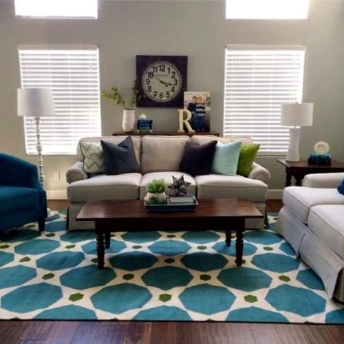 Memilih motif karpet untuk ruang keluarga minimalis (Infarrantlycreative)