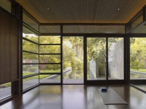 Model pintu geser kaca di rumah minimalis