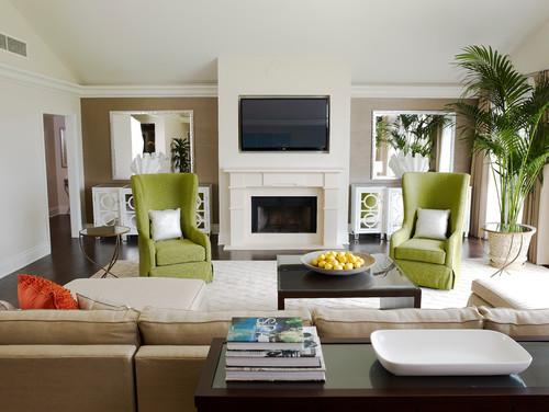 Ruang keluarga bernuansa segar dengan sentuhan warna hijau