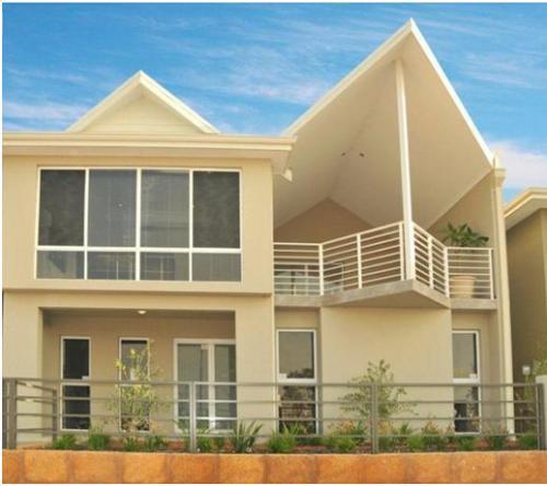 Rumah Idaman Minimalis 2 lantai bernuansa modern - Realestate