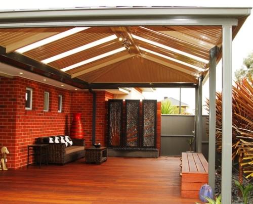 Teras rumah minimalis modern dengan tiang stainless steel - Forlifepatios